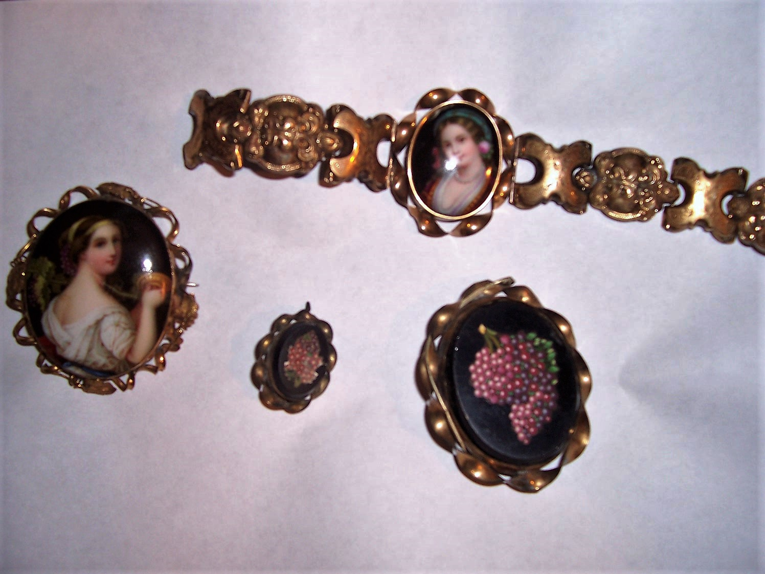 EBAY Antique jewerly from Bubs house.JPG