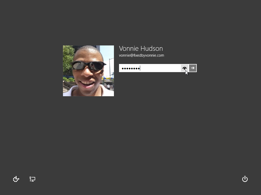 //f01.justanswer.com/ref/http_fixedbyvonnie.com/wp-content/uploads/2013/09/fixedbyvonnie-windows-8-1-login-screen.png