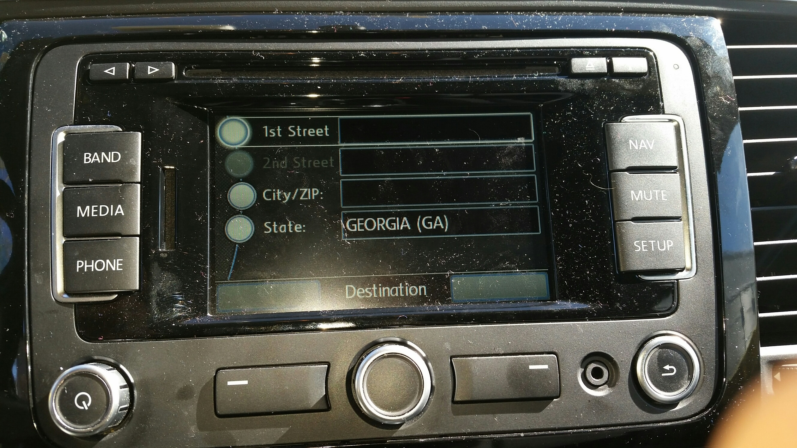 vw display gps nav.jpg
