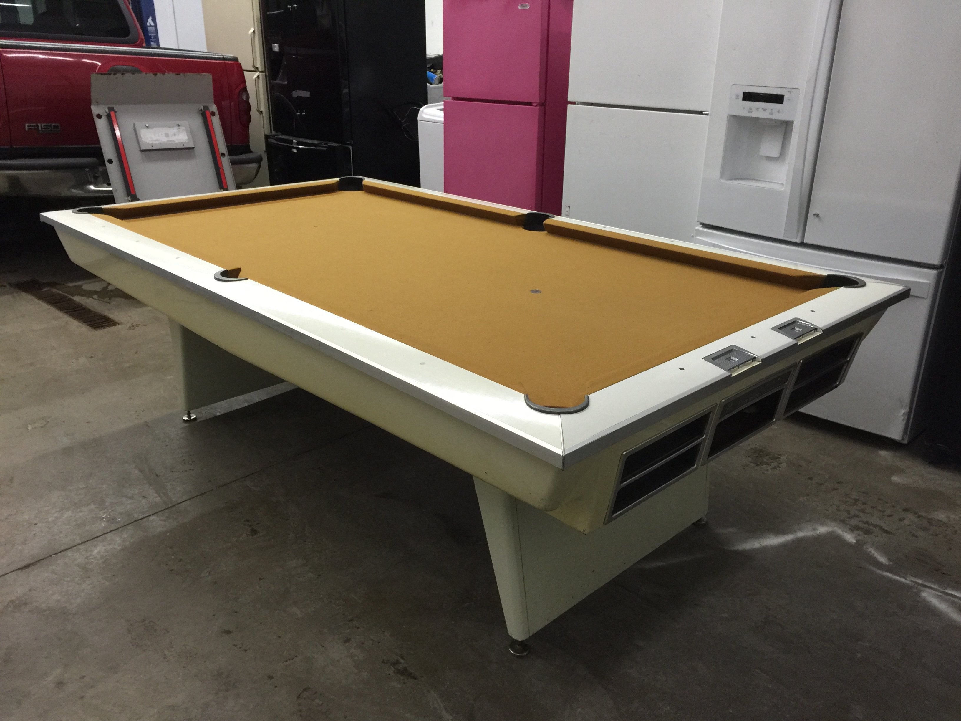 Pleasing I Have An Original 1963 Brunswick Celebrity Gt Pool Table Download Free Architecture Designs Lukepmadebymaigaardcom