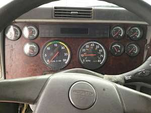 Instrument-Clusters-Freightliner-Century-Class-120-8884355-thumb.jpg