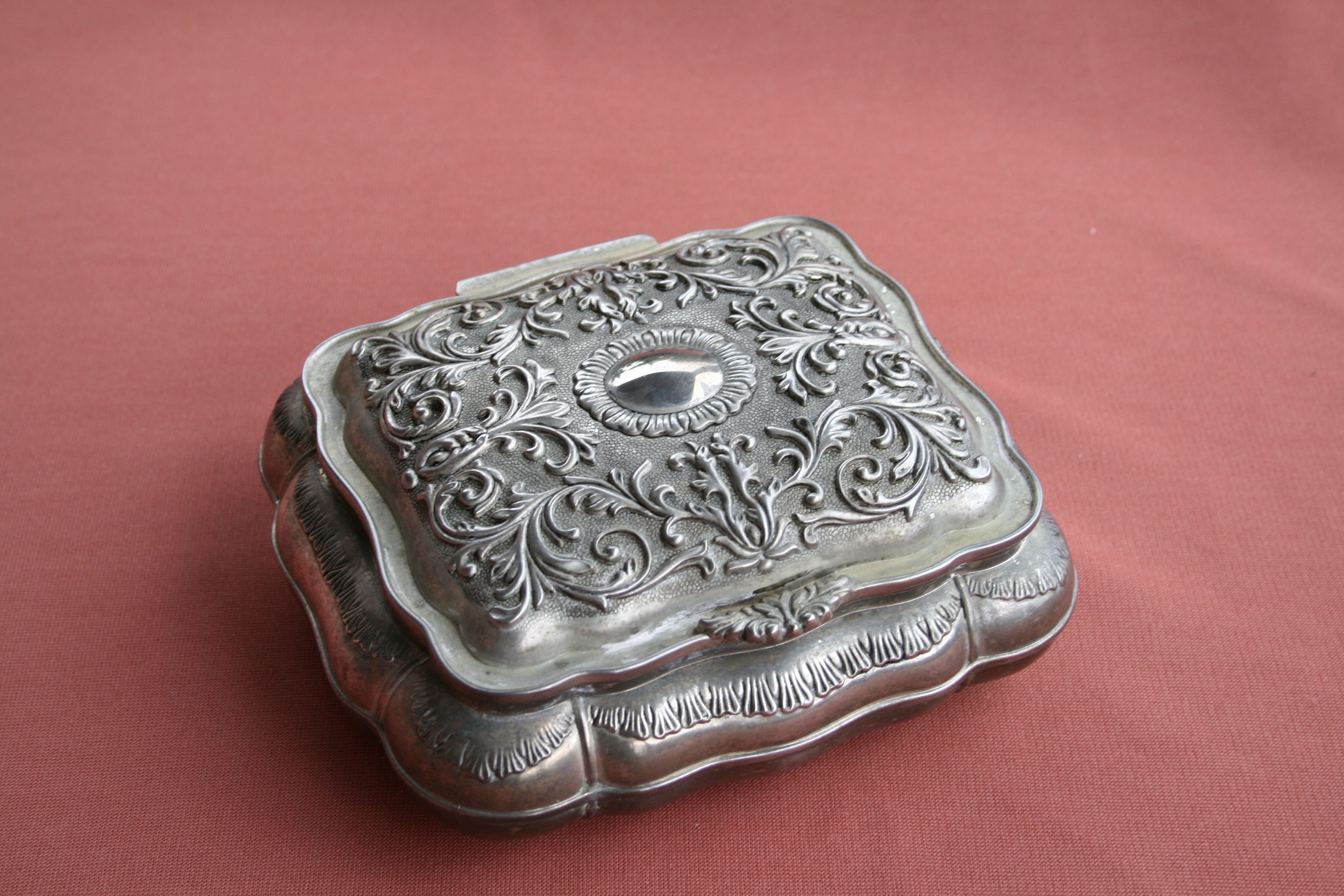 International Silver Company Ring Holder
