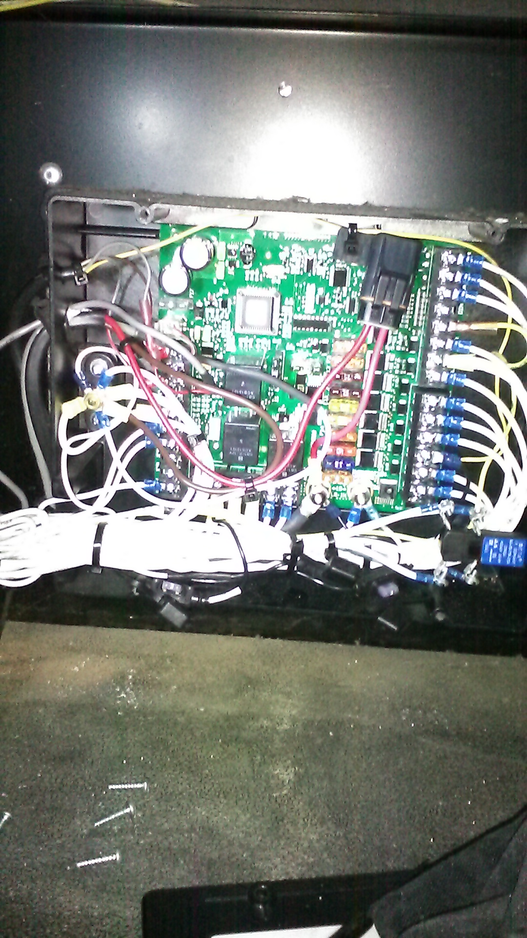 1485098220193 1949692882 i'm trying to figure out why my hmi for my tripac wont light up tri pac apu fuse box and diagram at soozxer.org