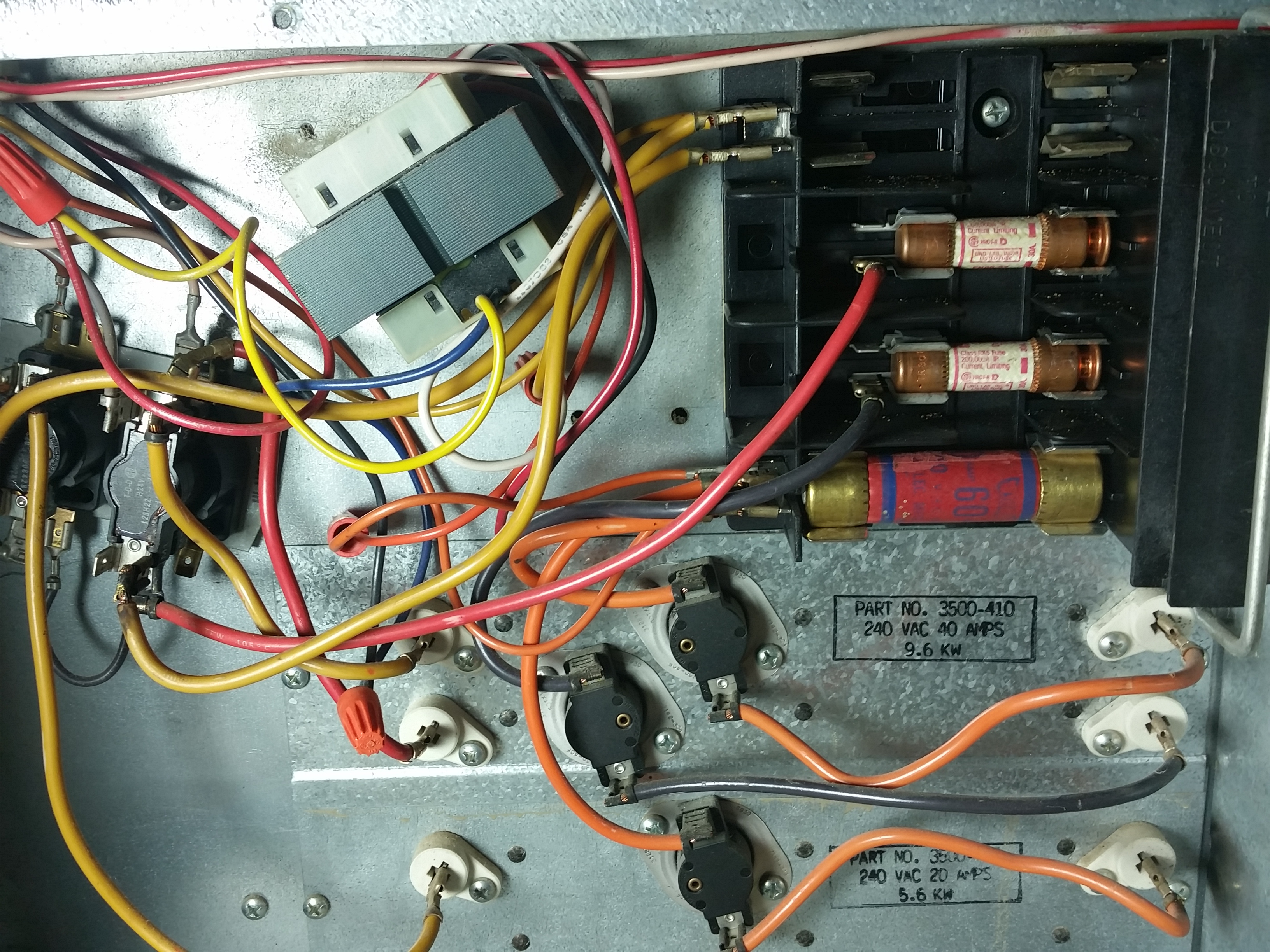 3500 A816 Top Fuse 60a Burning Out