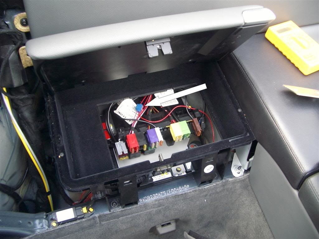 f0ac3826-7e08-41ea-9077-602a57f5df15_rear fuse box.jpg