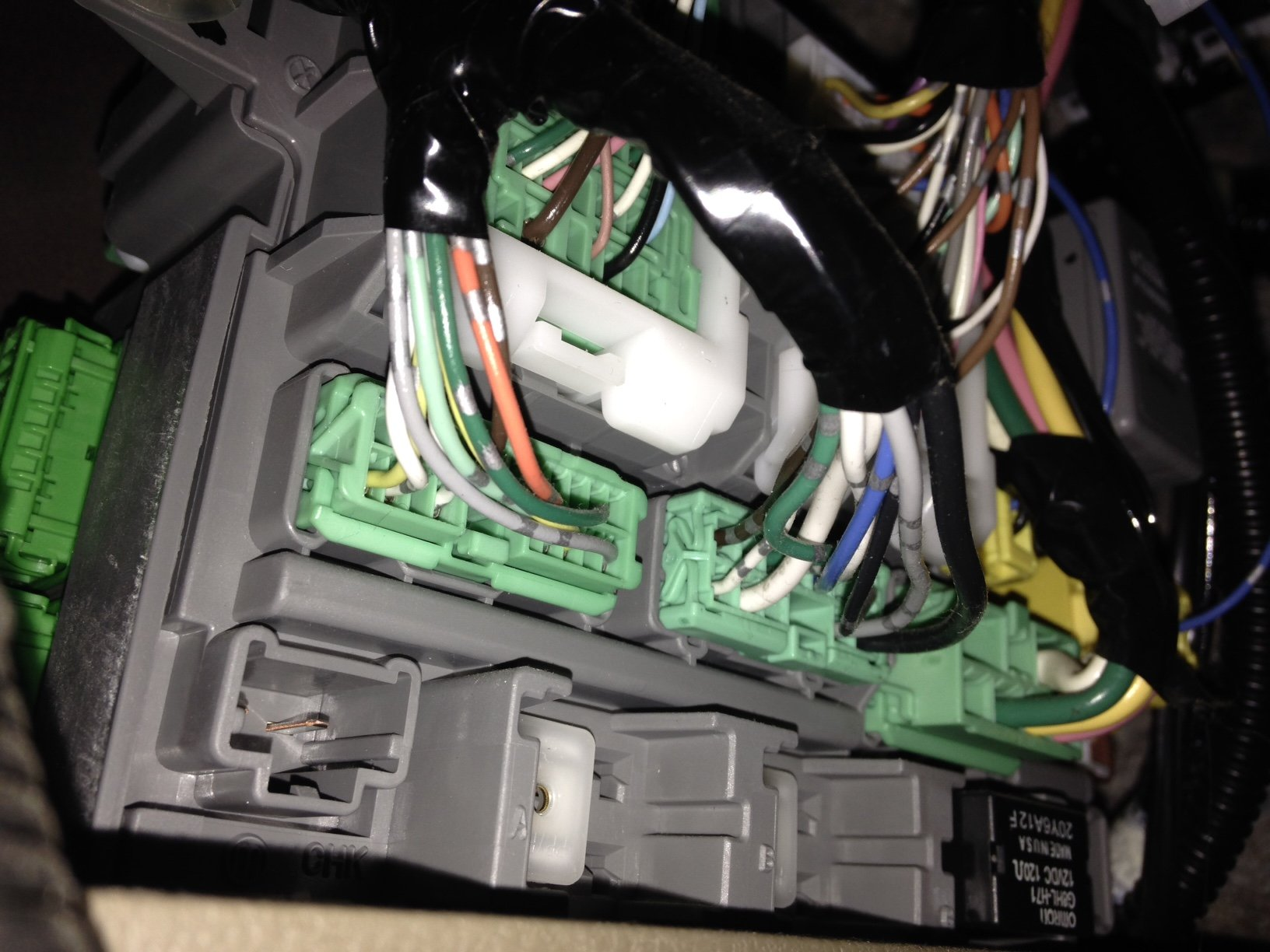 Where Is The Fuel Pump Relay Located On A 2007 Mdx Car Turns 04 Acura Fuse Box Panel