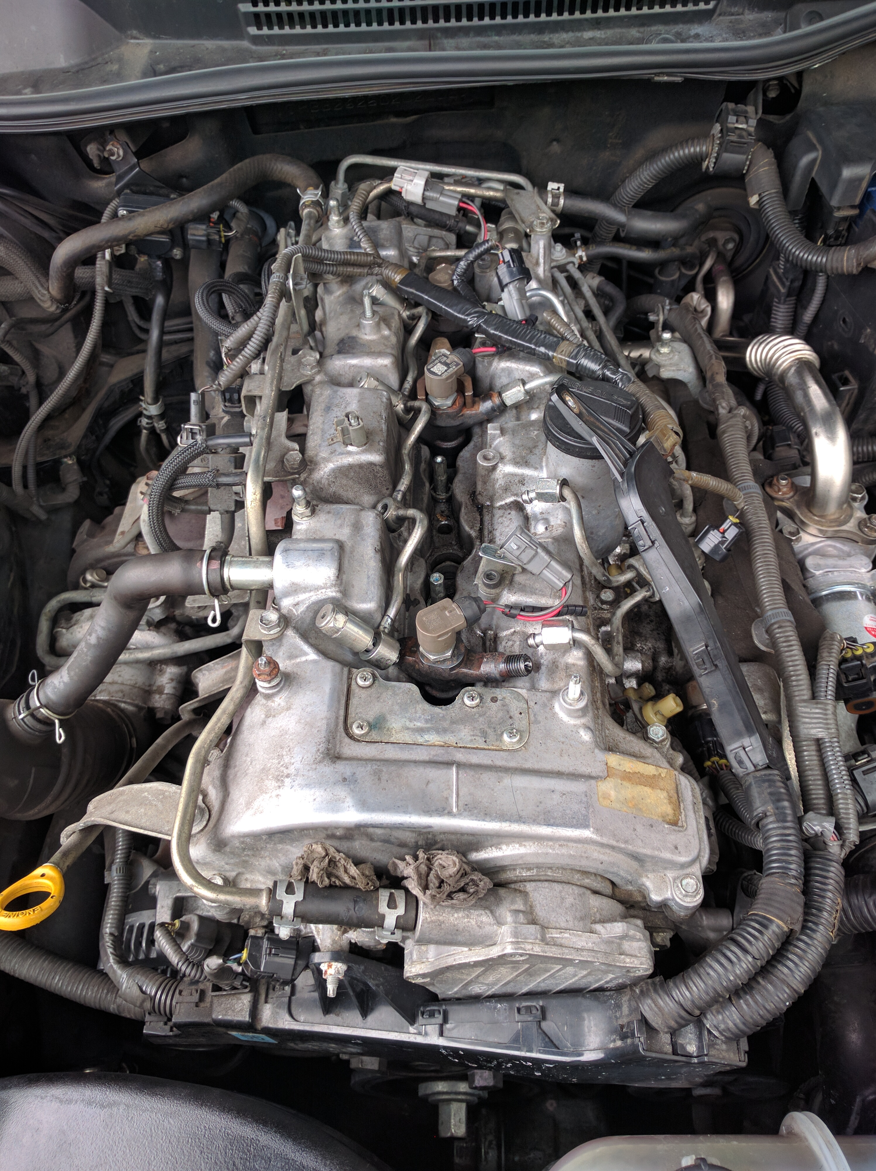 Lexus Is220d over fueling, misfire and oil level rising?