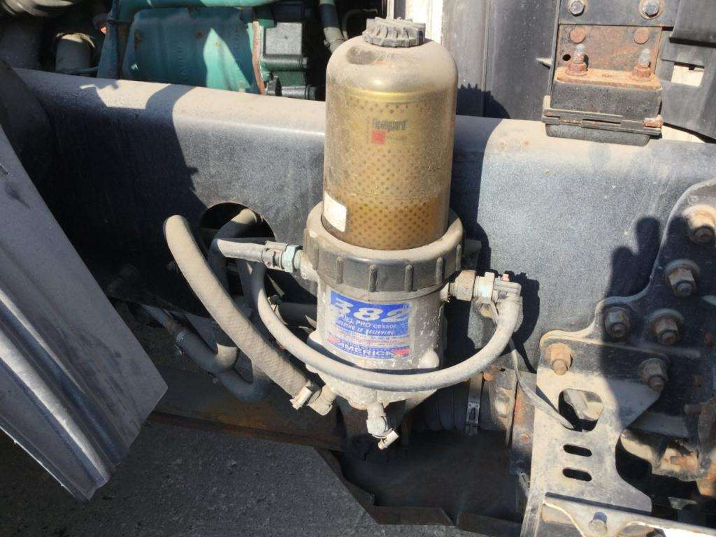 Why does the fuel filter in the housing go down in fuel when ever I replace  the fuel on a 2010 volvo vnl volvo engine? | Volvo Semi Truck Fuel Filter Location |  | JustAnswer