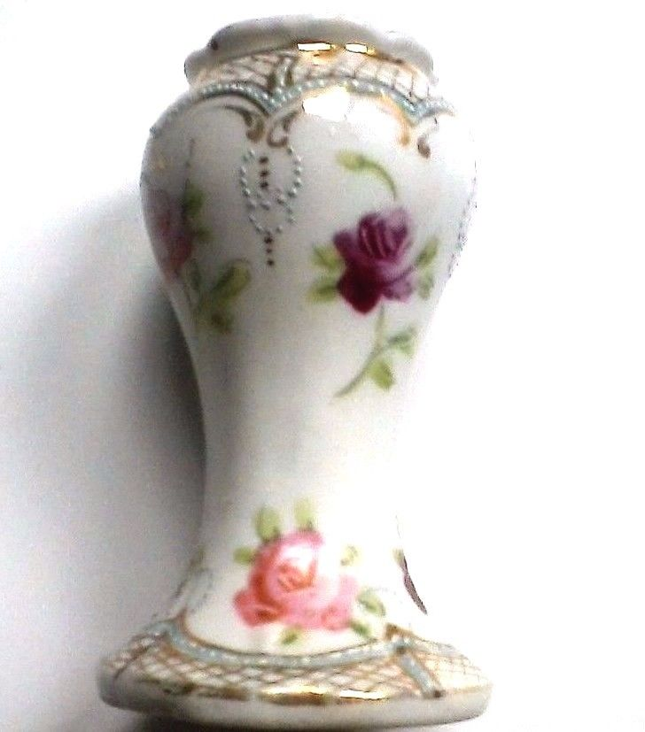 Small Nippon Porcelain Vase Maple Leaf No Loss To Gold Or Beading