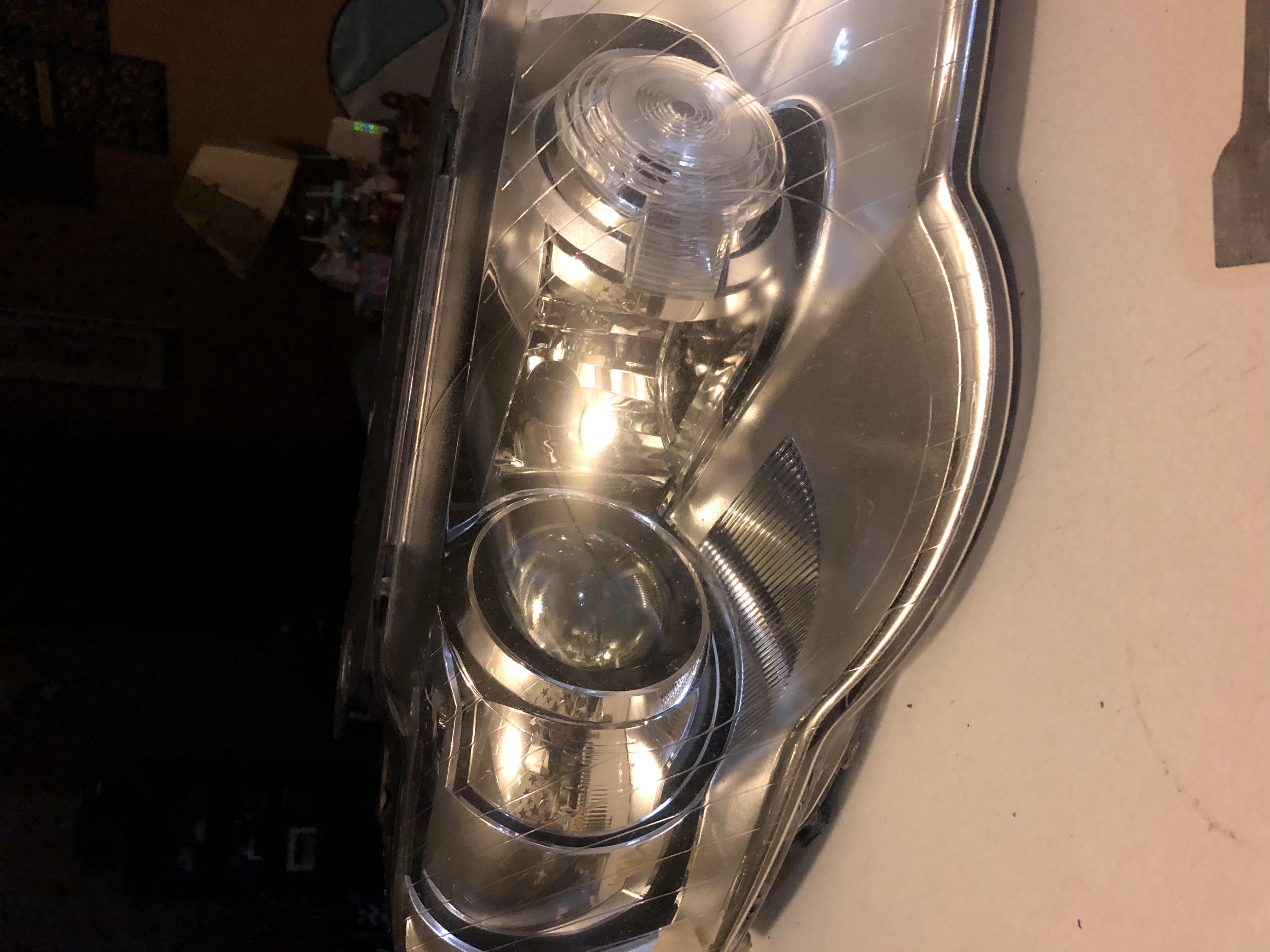 Afs inoperative  06 Passat 3 6L  I've tried new bulbs, new