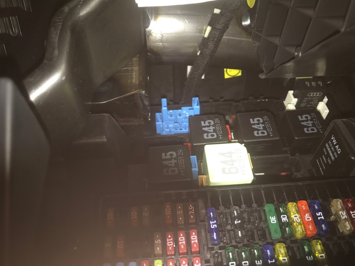 2013 Vw jetta se 2.5 liter. horn is not working. I want to ...