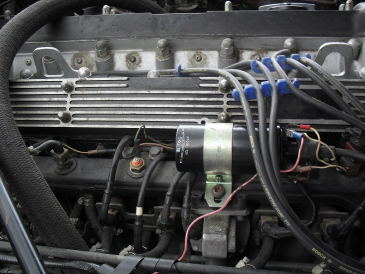 i have a jaguar xj6 series 3 1982 the coil voltage can drop to rh justanswer com