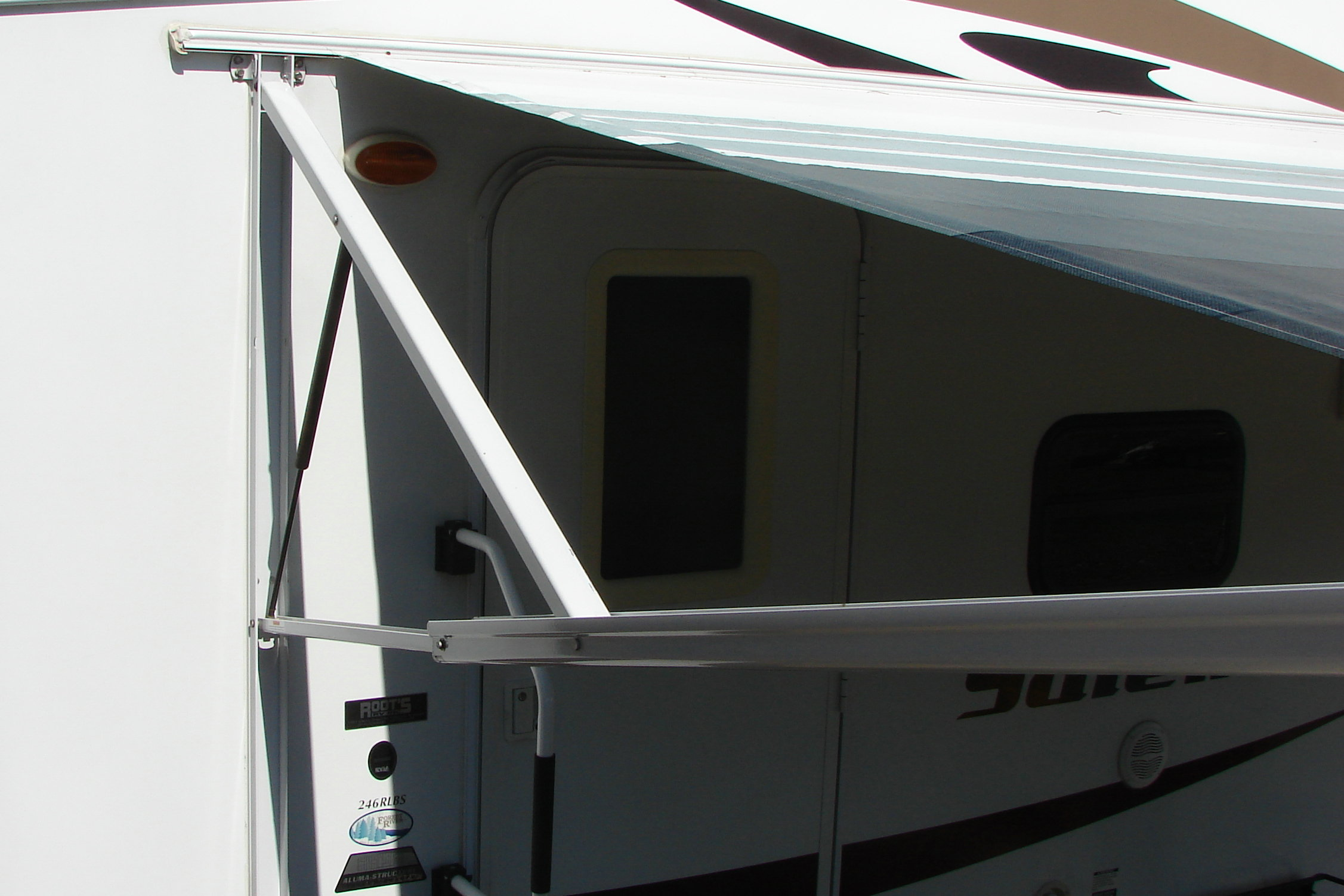 I have a Dometic power awning. Made in 07 camper 08 5th ...