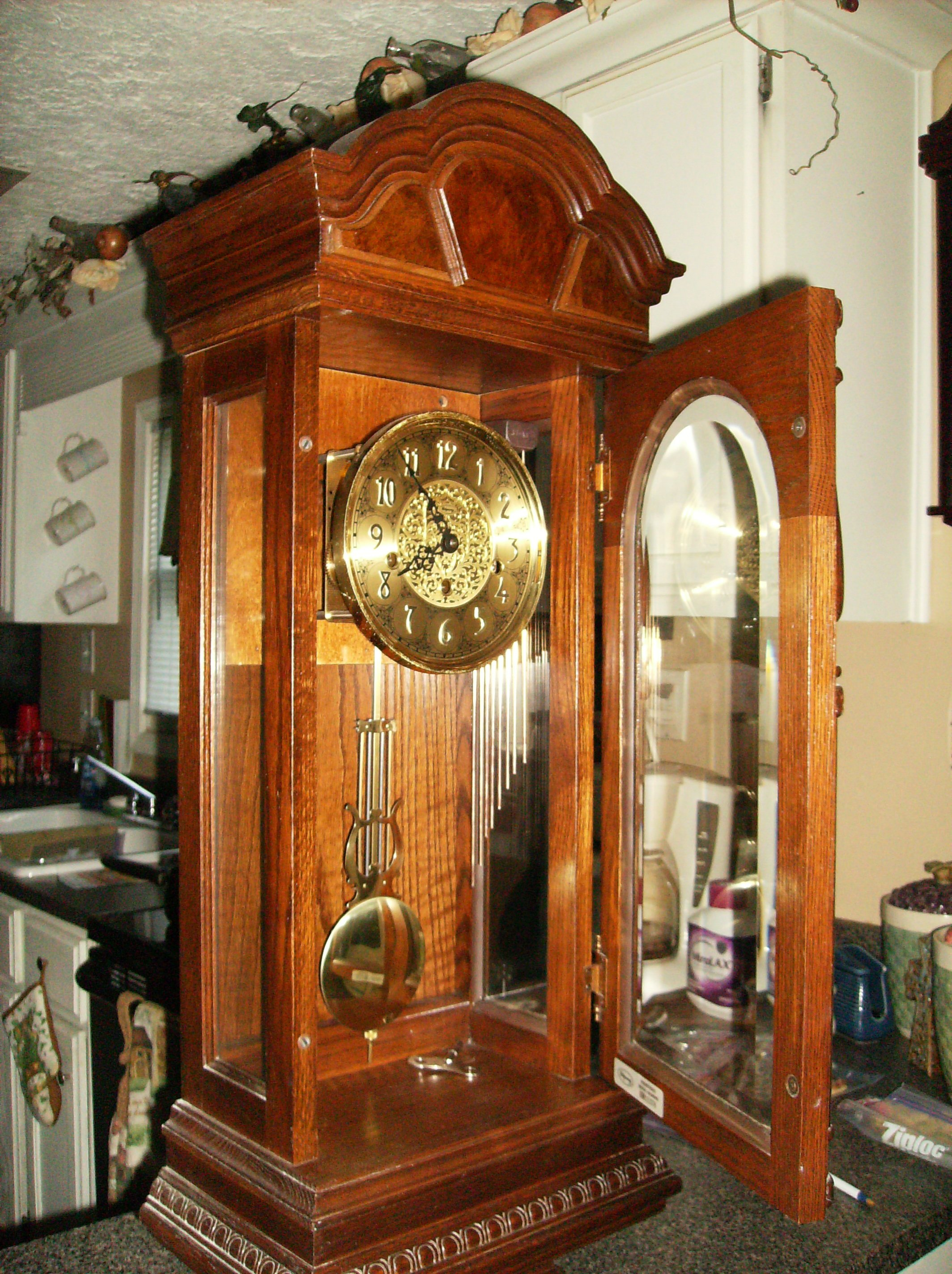 I Have A Ridgeway Key Wind Wall Clock With Pendulum From