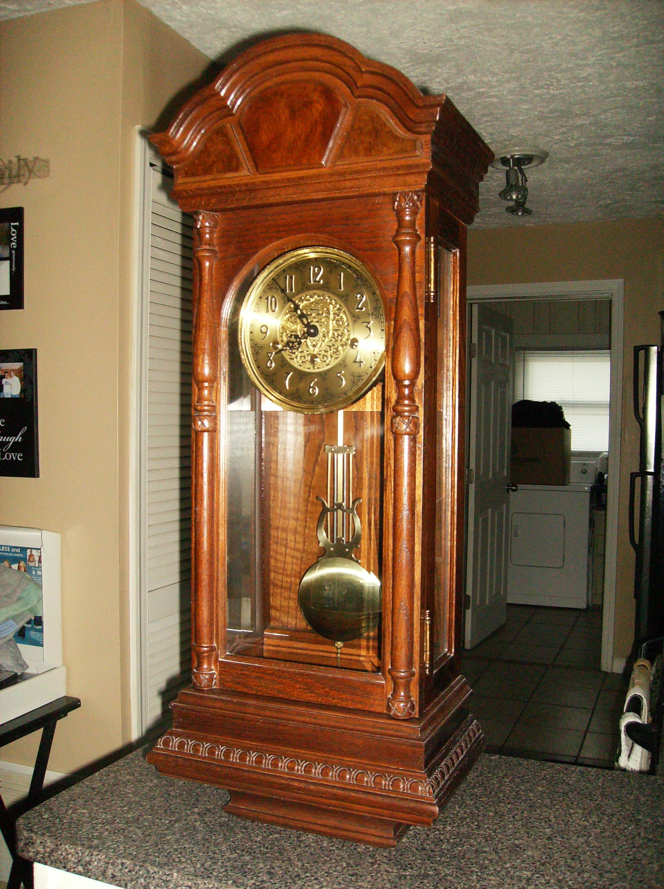I Have A Ridgeway Key Wind Wall Clock With Pendulum From