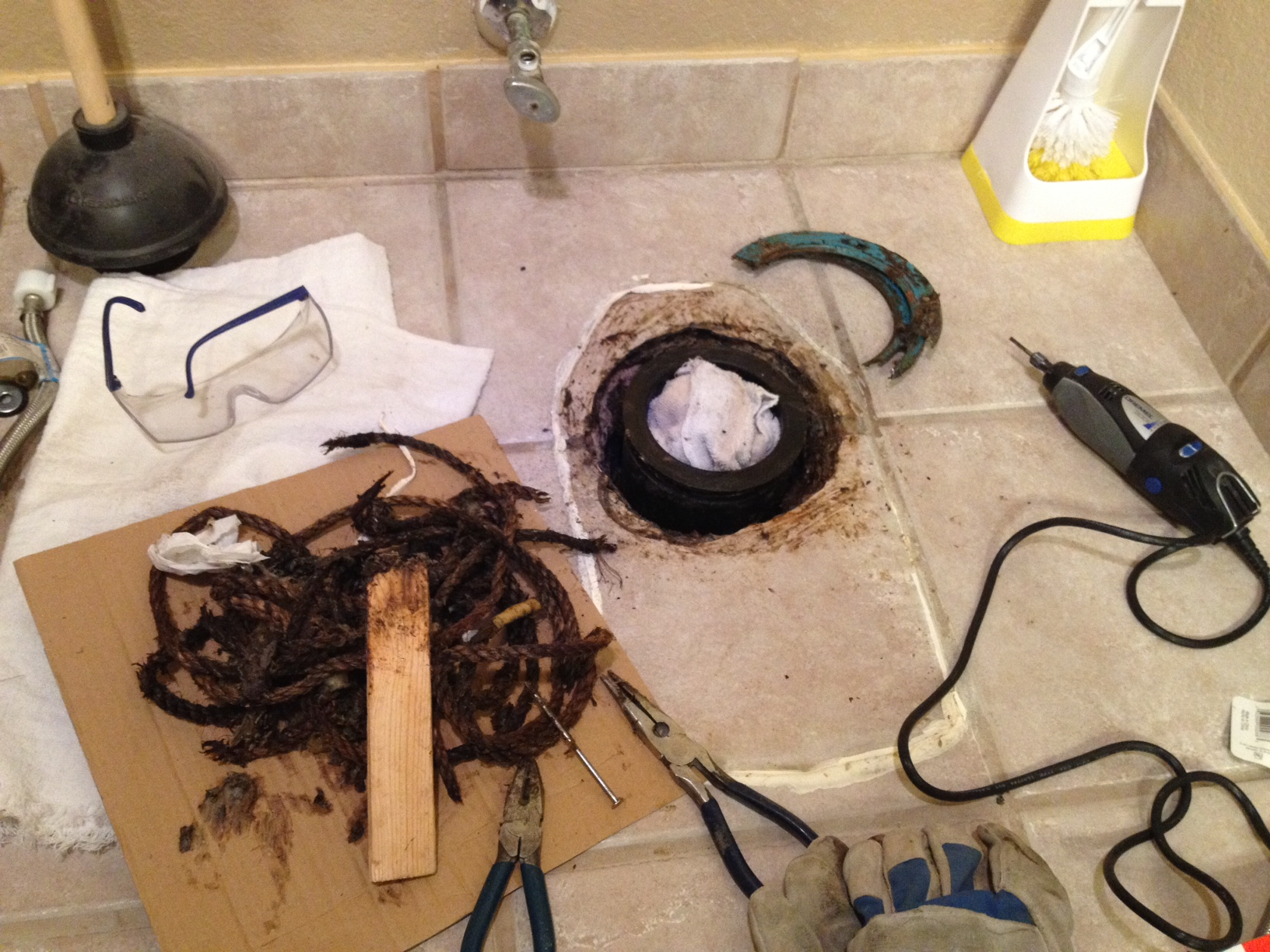 Toilet flange installation: I just bought a house and am replacing a ...