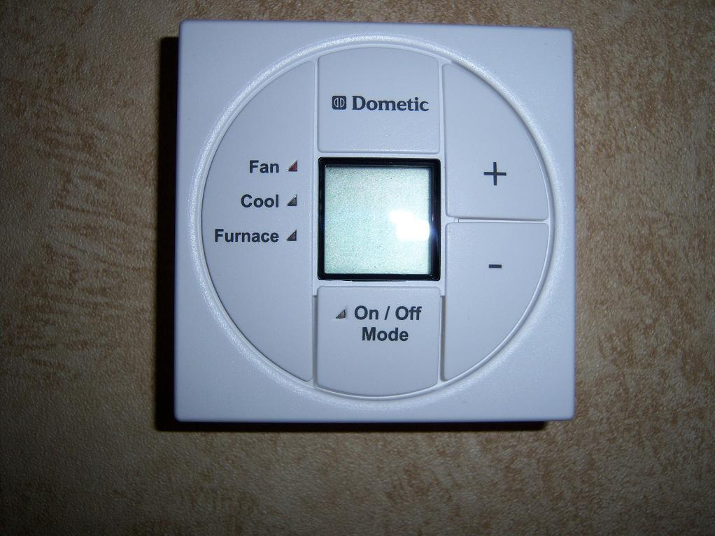 Wiring Diagram For Dometic Single Zone Lcd Thermostat : I have a georgetown the thermostat is