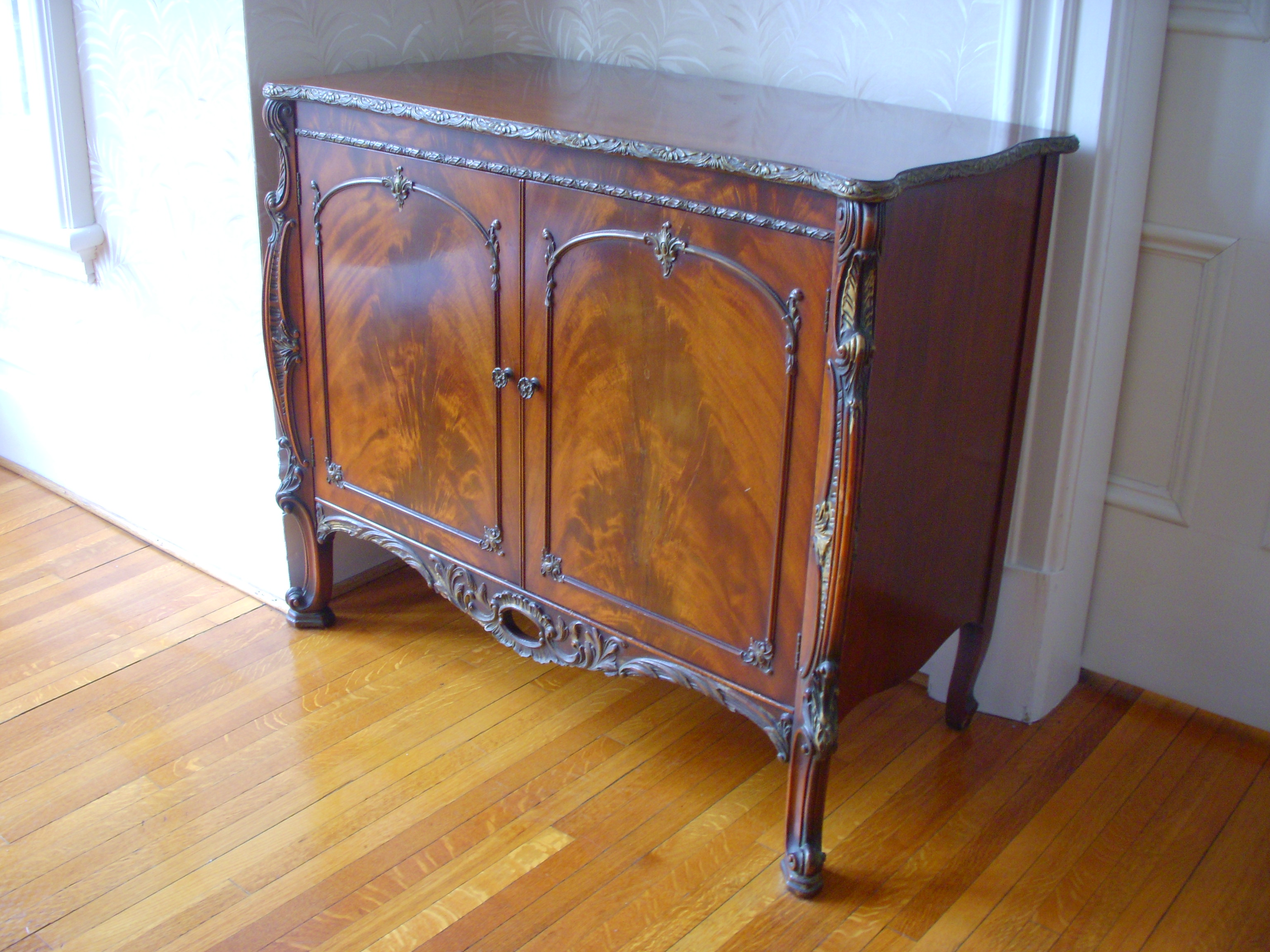 What Is The Value Of An Antique Mahogany Dining Room Set 1905