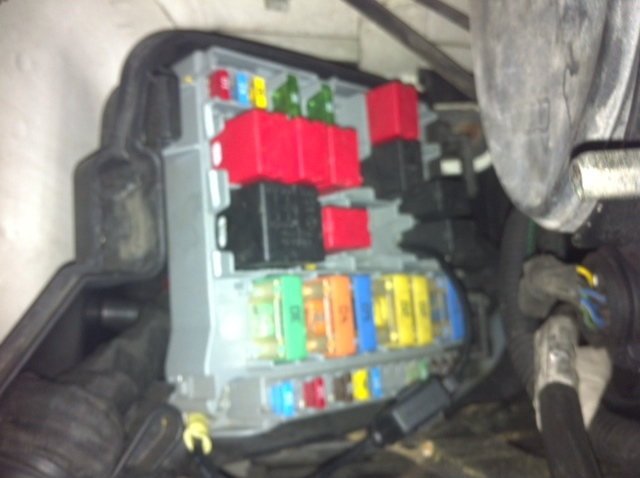 i have a peugeot bipper van 58 plate diesel my air con fan peugeot 207 fuse box diagram fuse box diagram peugeot 308 wiring