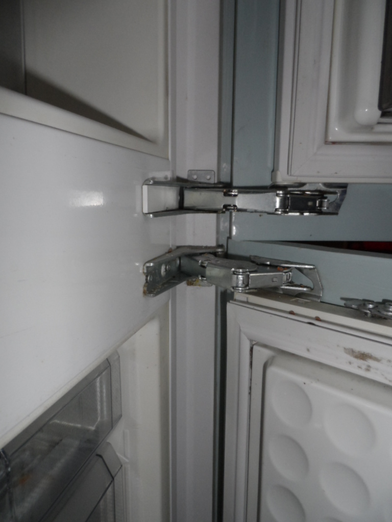 What Does Fixed Hinges Mean My Old Fridge Freezers Hinges