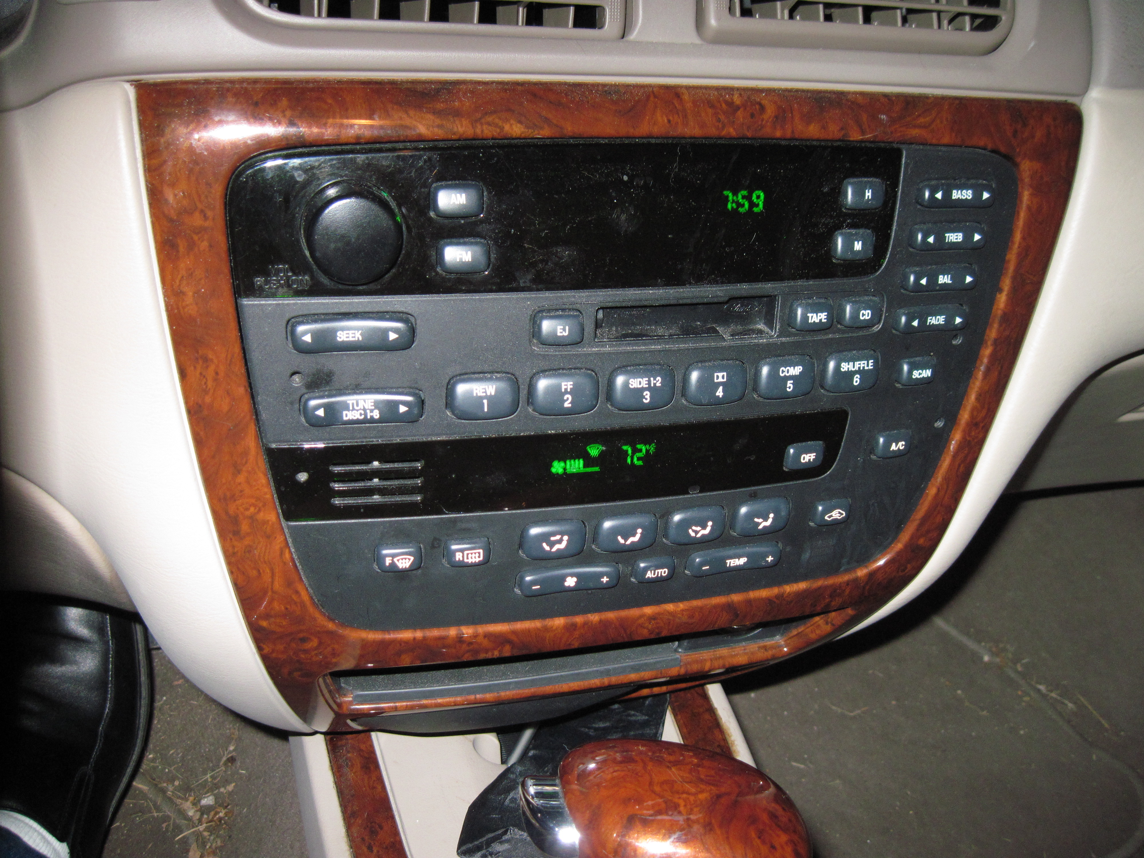 replace  radiocassette    mercury