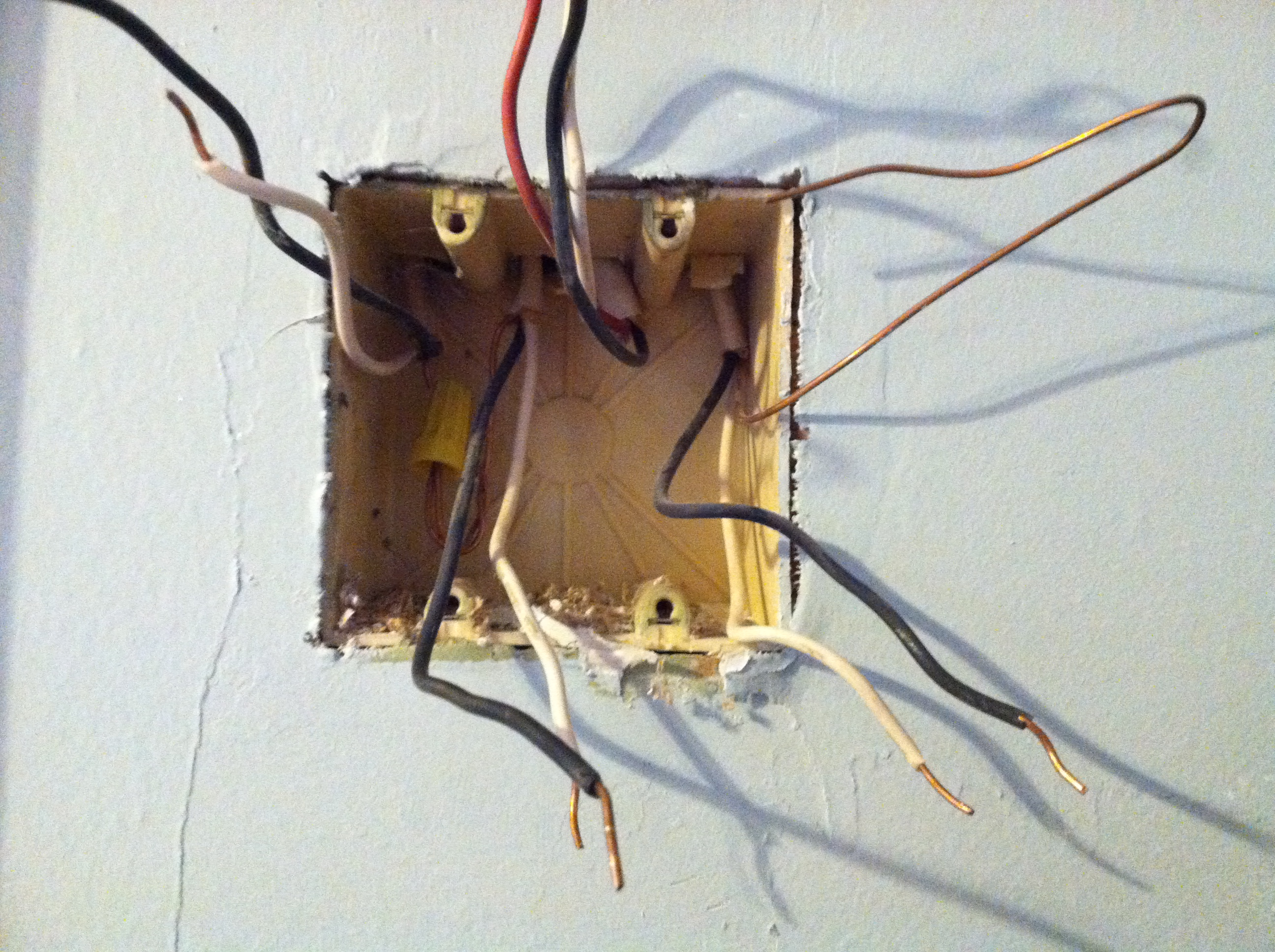 Im Wiring A 3 Way Switch In My Older House Previously The Light How Switches Work Would Only When Both Were On Position Prompting Me To Investigate