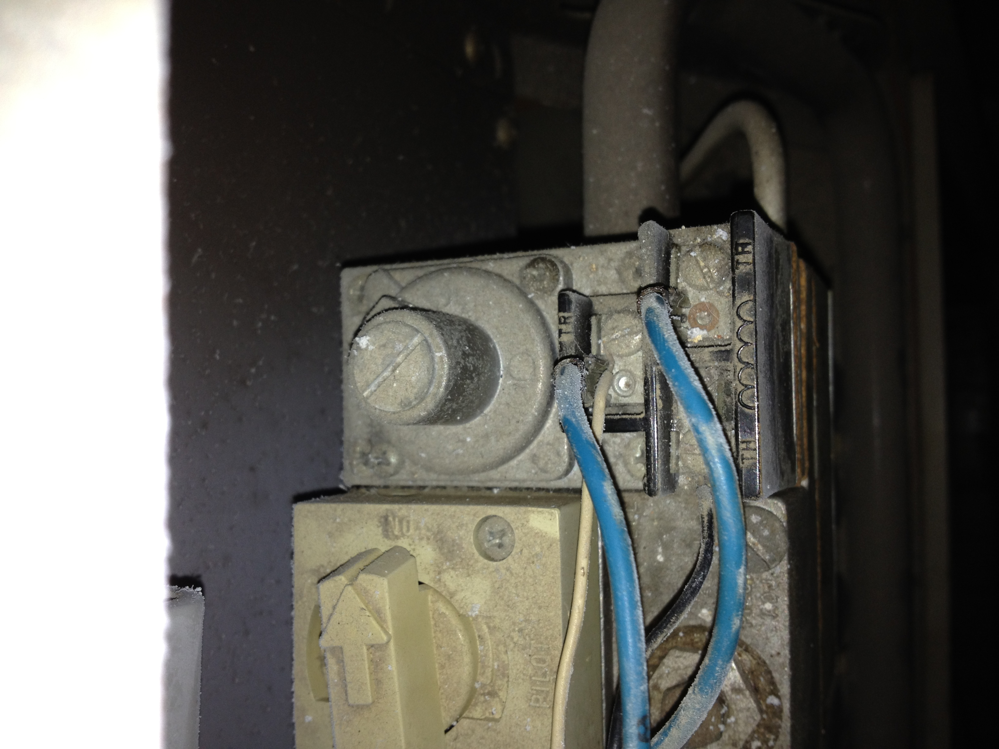 A Friend Of Mine Has An Old Lennox Furnace With Two Thermostat Wires Wiring Diagram Full Size Image