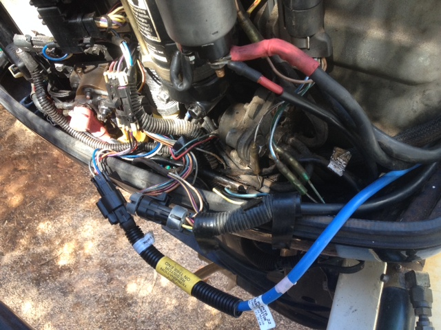 I am trying to install the smart craft wiring harness to the engine