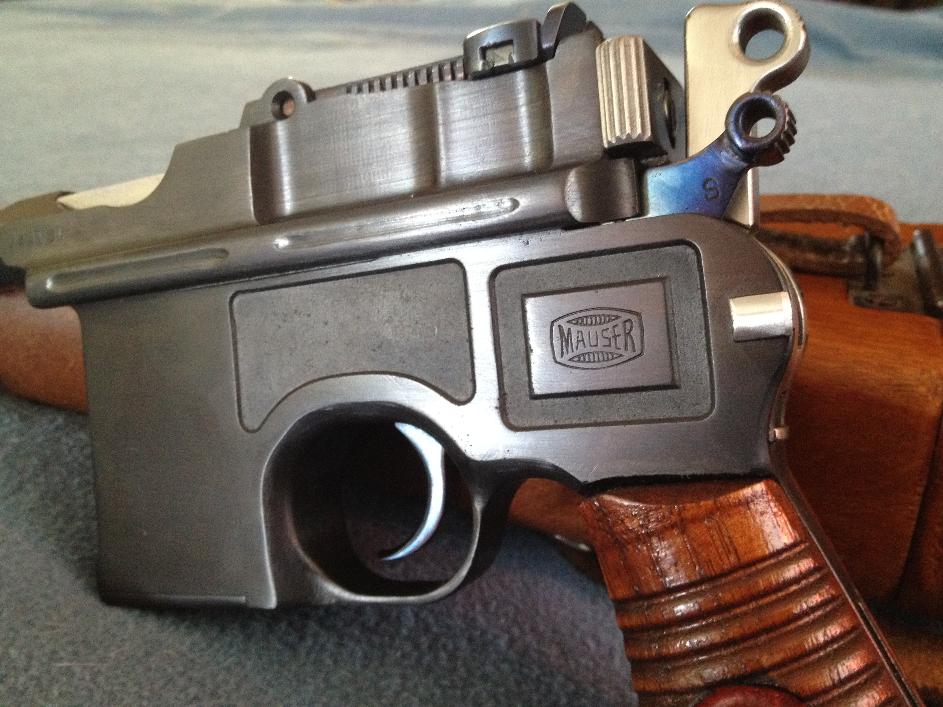 any idea about one of these mauser broomhandle c96 m30 serial