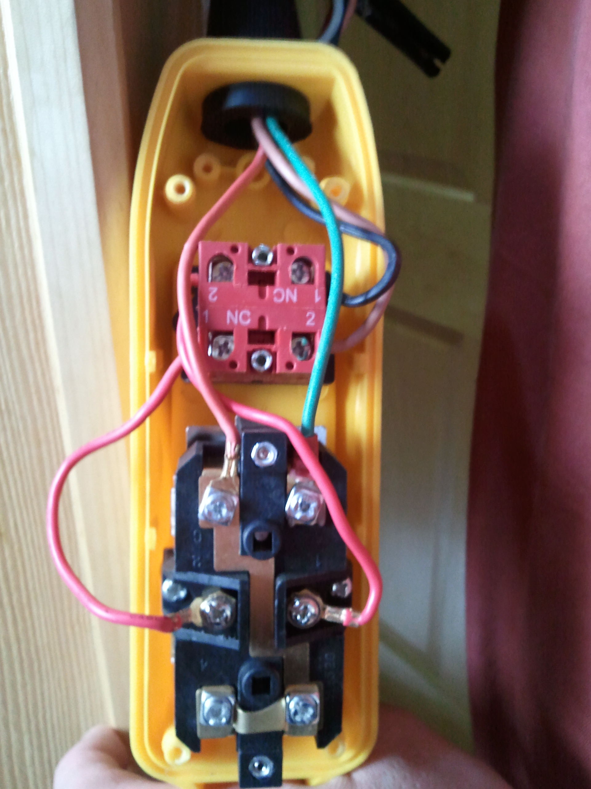 I have this electric hoist control and would like to also ... Harbor Freight Winch Remote Wiring Diagram Pendant on
