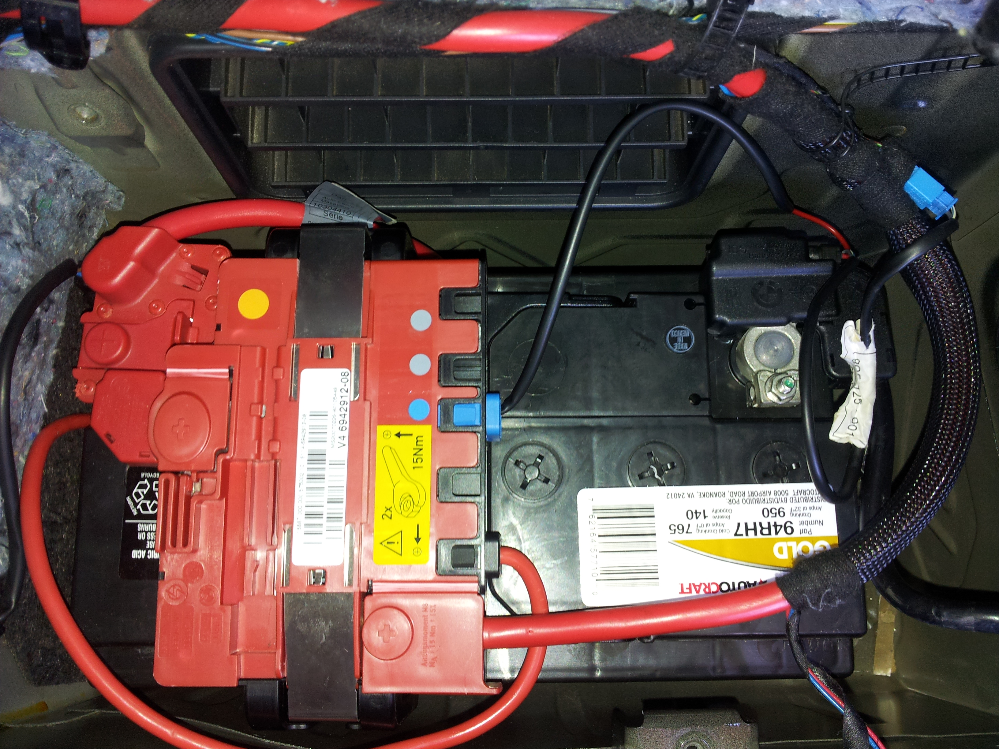 2012 07 15_163550_20120715_111800 2007 bmw 335i sedan (e90) the battery was replaced at advanced bmw e90 battery wiring diagram at bayanpartner.co