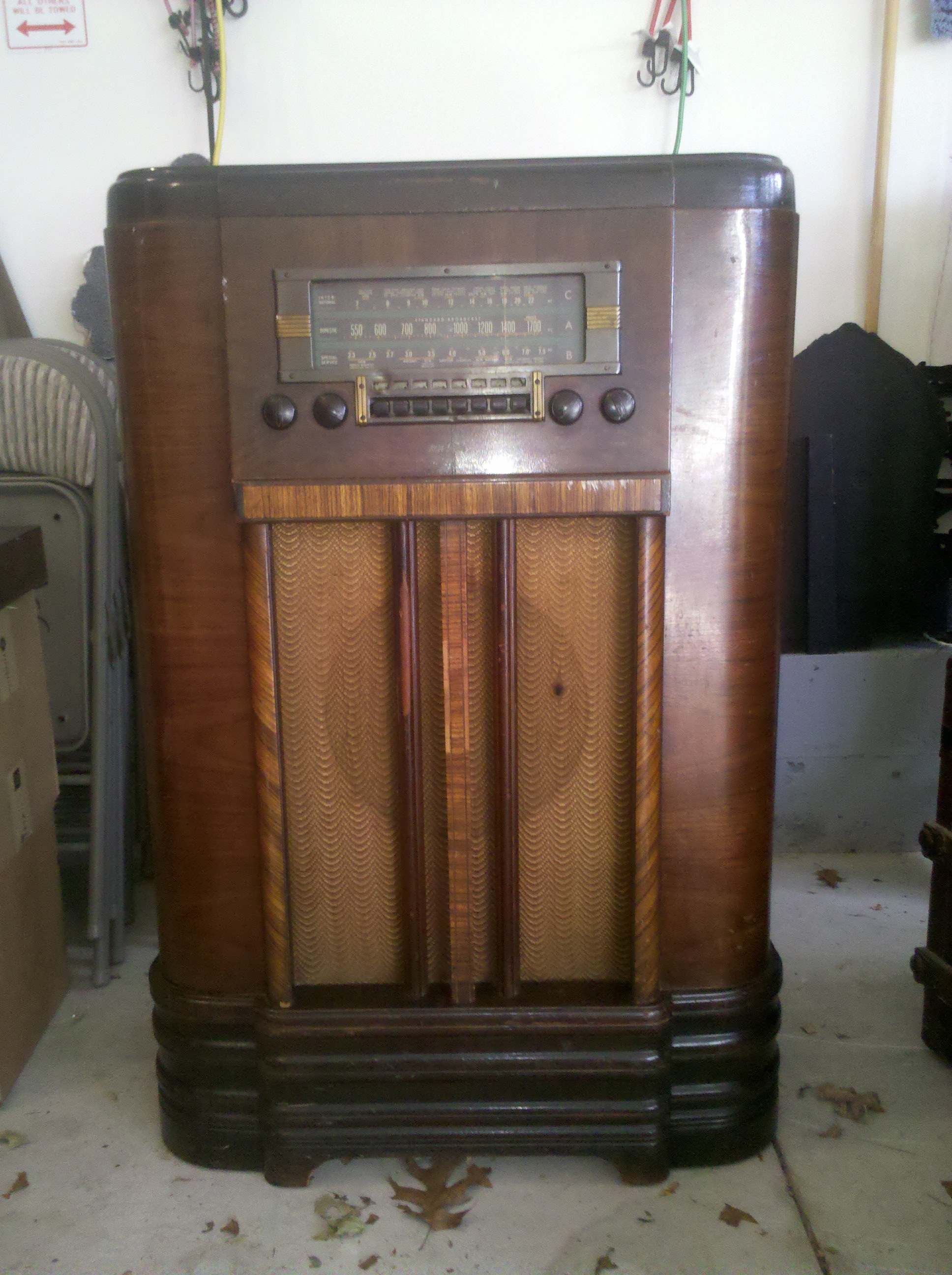 antique stereo cabinet i my grandparents antique console rca radio from the 10673