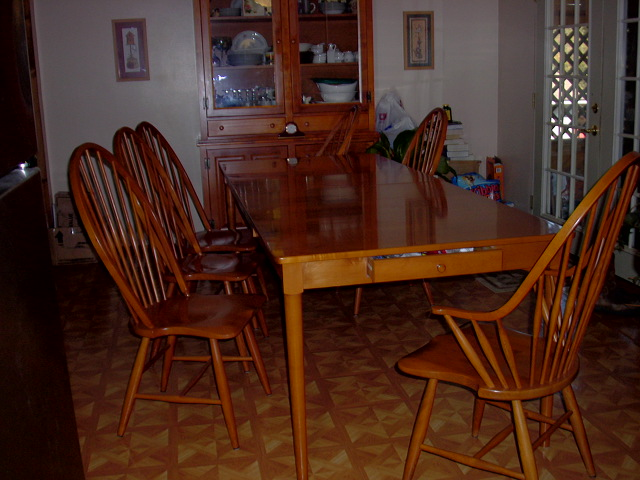 Need Information On Dining Room Suite Which Consists Of Table