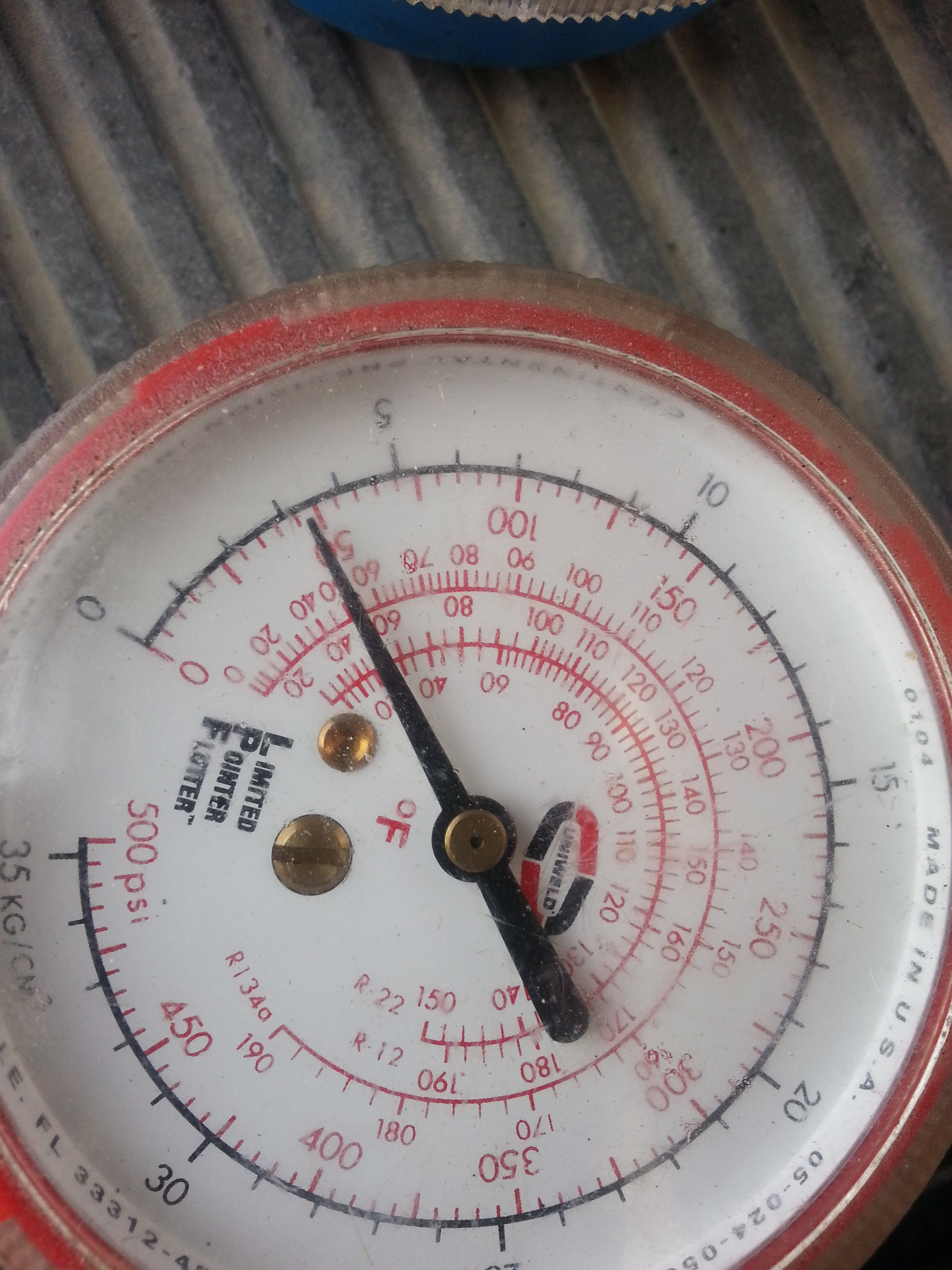 What should the freon pressure be on the high and low side