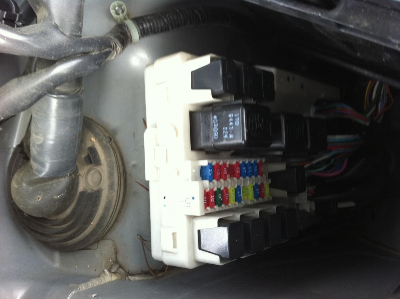 ... 2004 infiniti fx45 the front windshield washer pump is not working  Infiniti G35 Fuse Box Layout 2003 ...