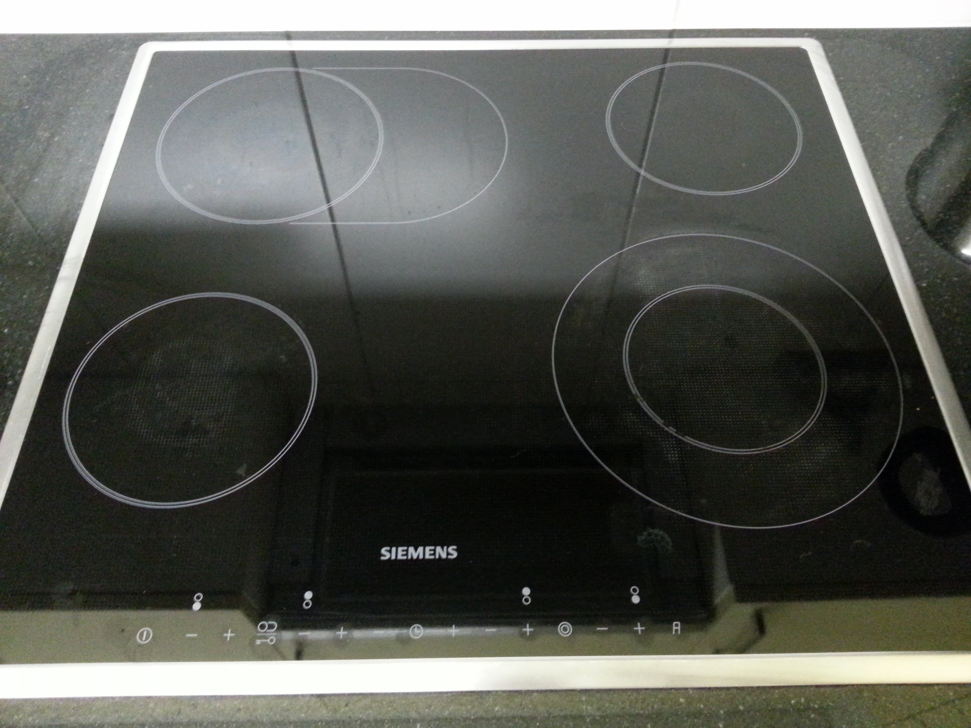 I Have A Siemens Ceramic Cooker Top The Key Symbol Is Illuminated