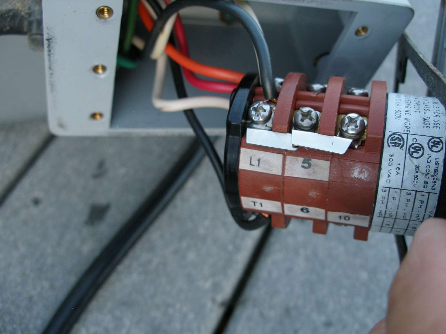 boat lift leveler switch wiring diagram bremis boat lift reversing switch wiring diagram the motor on my boat lift quit. it was a ao motor, open ...