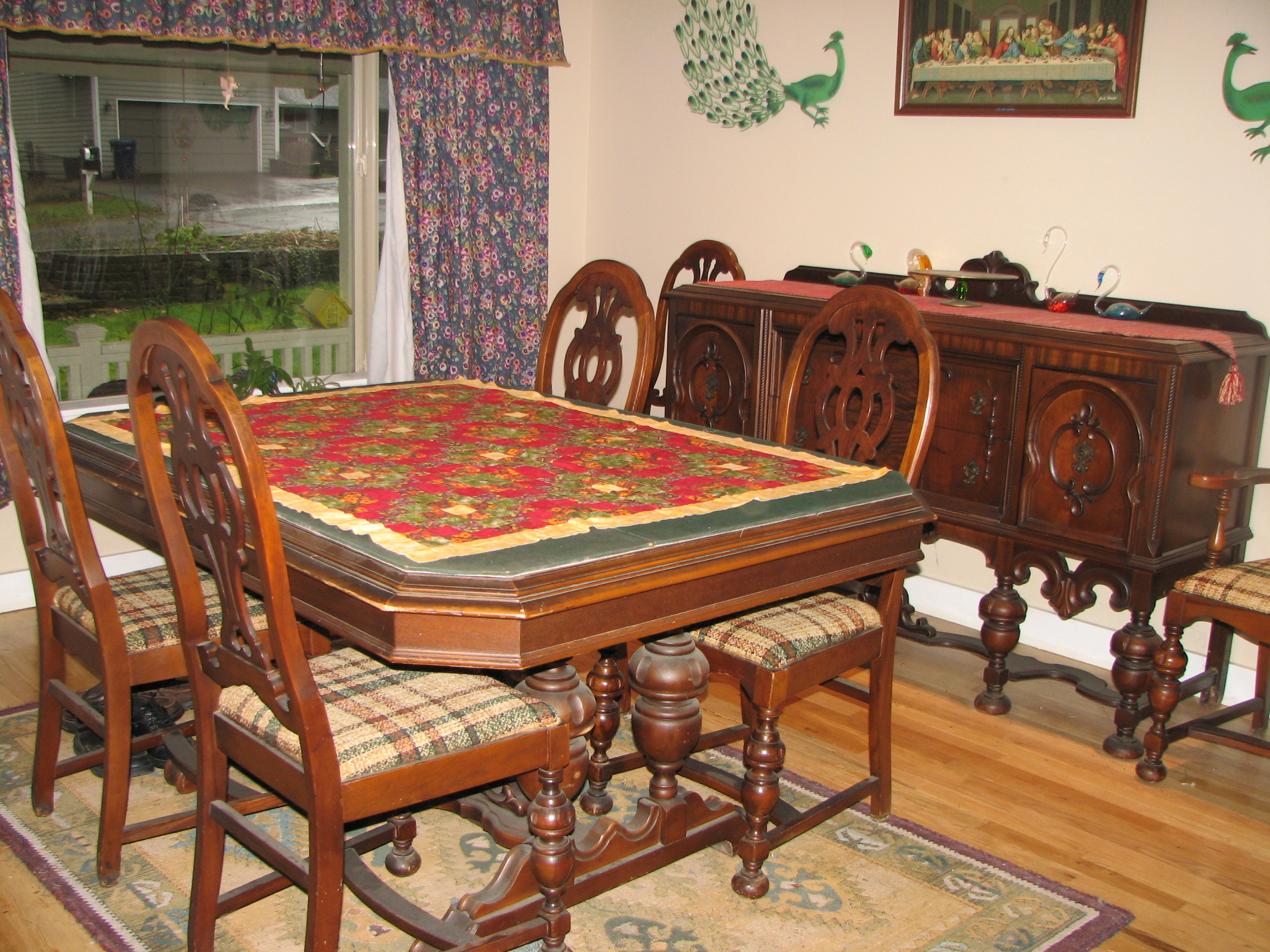 Antique Dining Room Set Has 6 Chairs Buffet And A Table With 2