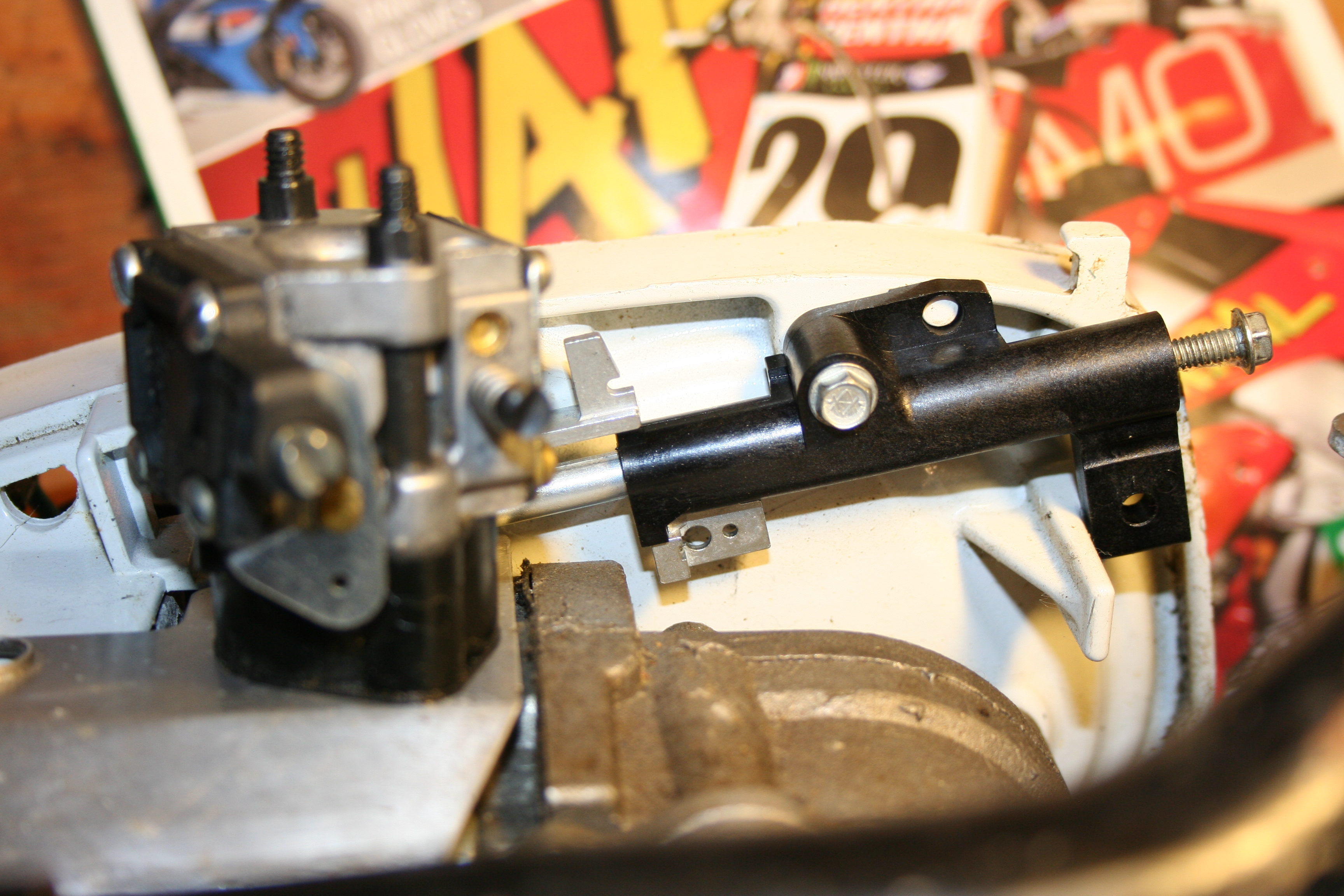 i am in search of how to install all the parts necessary for the throttle  governor  carb