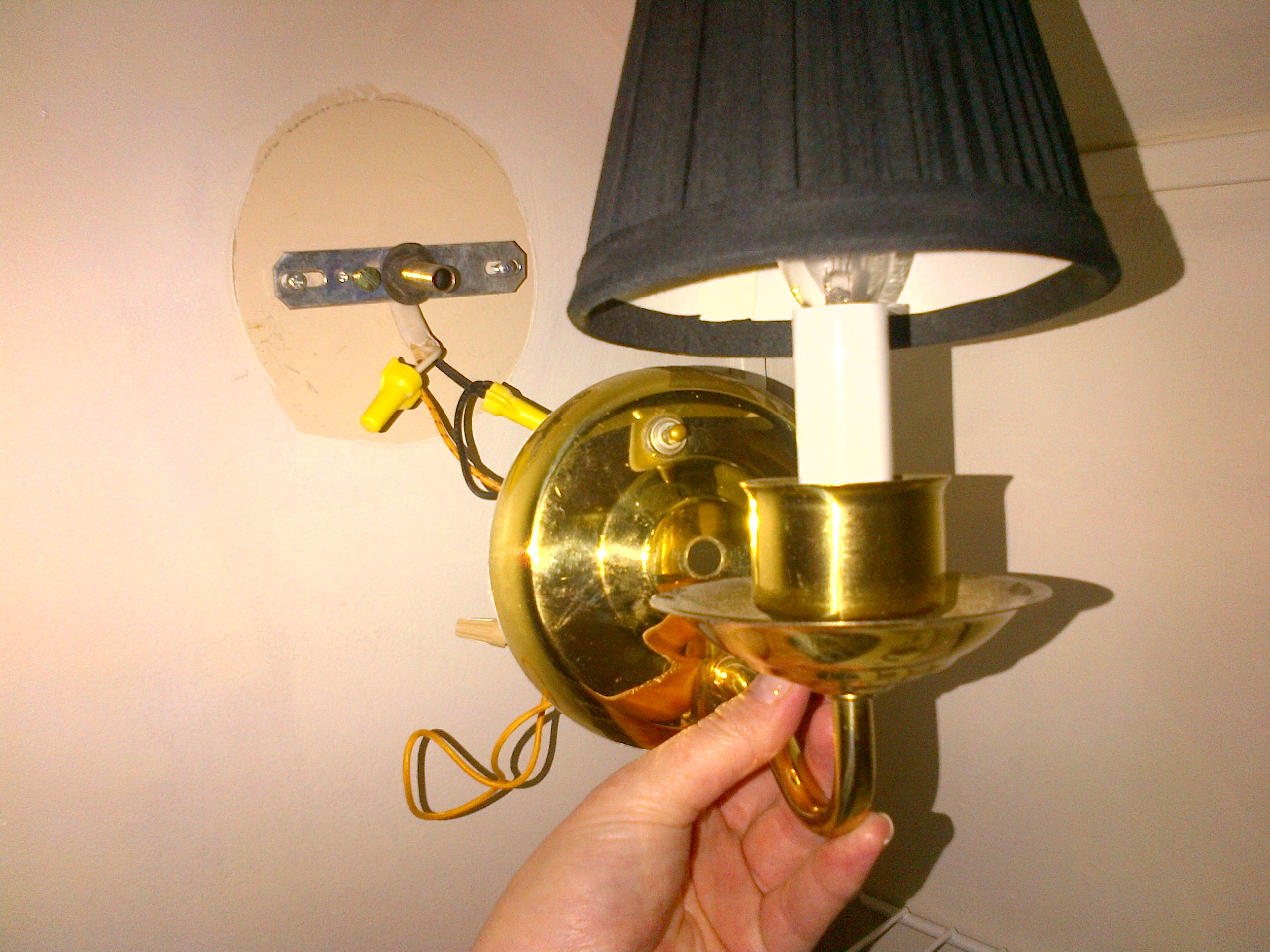 Can I add a light switch to a hardwired wall sconce with a on/off ...