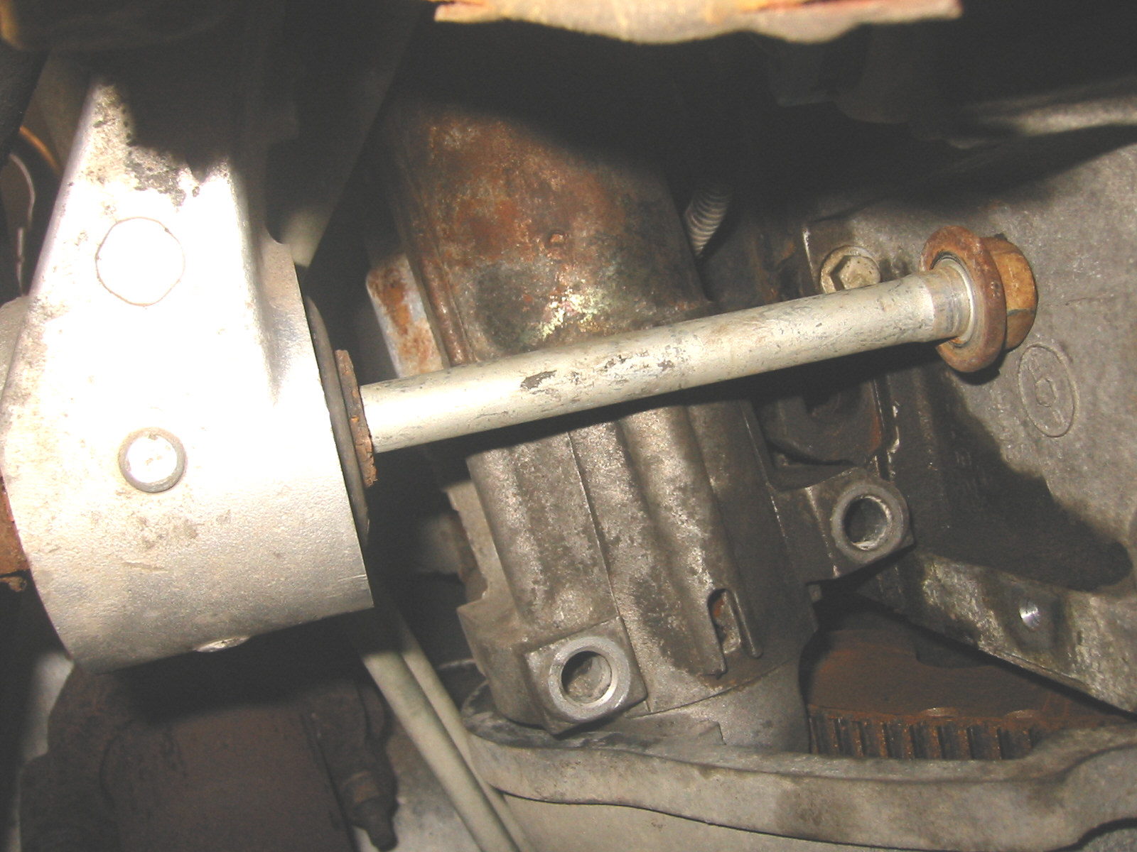 I Am Attempting To Replace The Starter Motor In My 2003 Gmc Yukon Diagram Here Are Three Photos From Under You Can See Bolt Is Too Long Remove Or Reposition Make Room Drop Disconnected