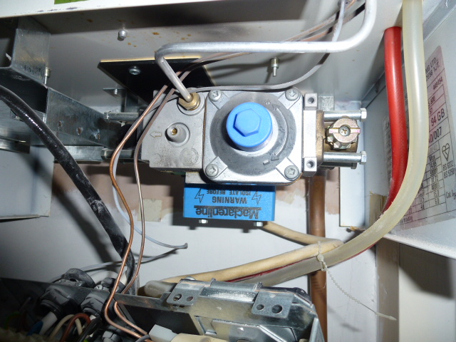 My Glowworm Ultimate 40FF boiler pilot light lights but ...