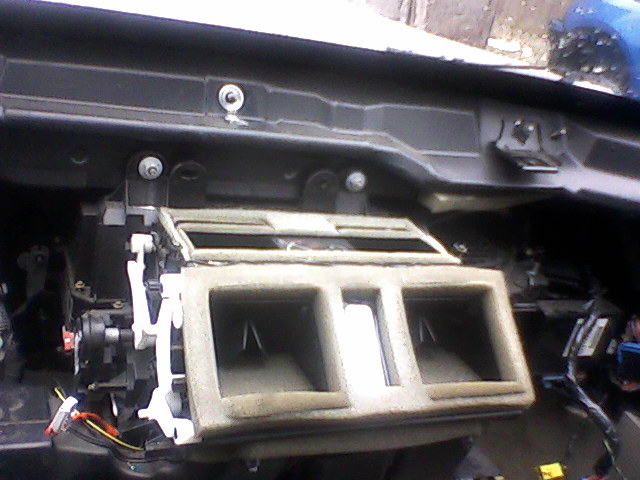 I Have A 2000 Cadillac Deville North Star Engine The Heater Core Needs To Be Replaced The Manual