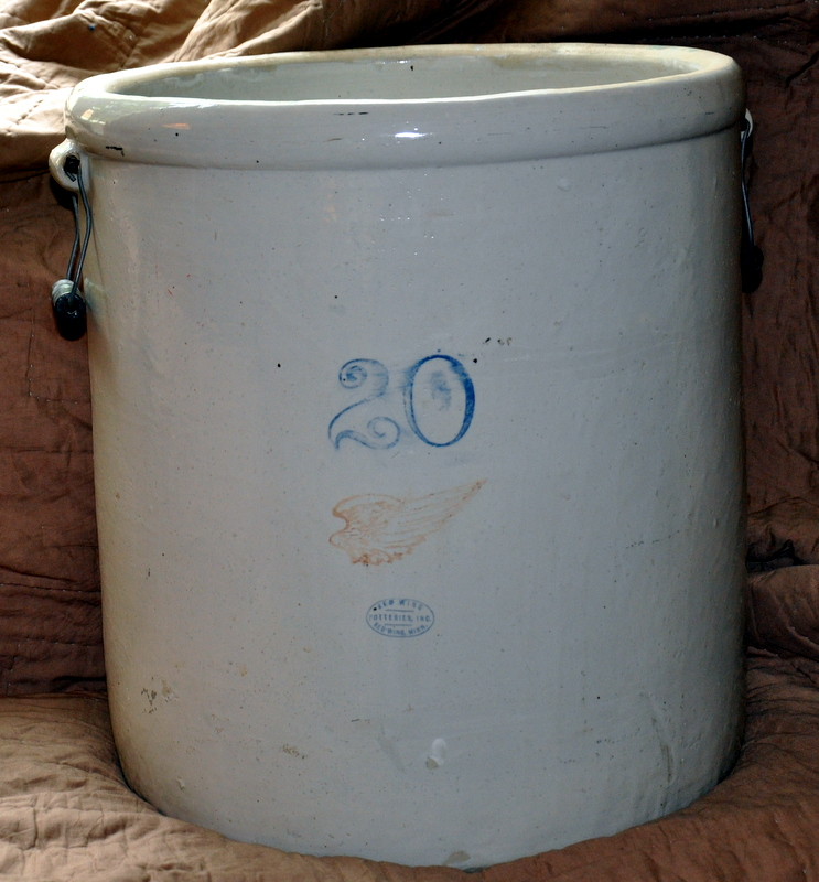 Front Of Crock Can See Handles