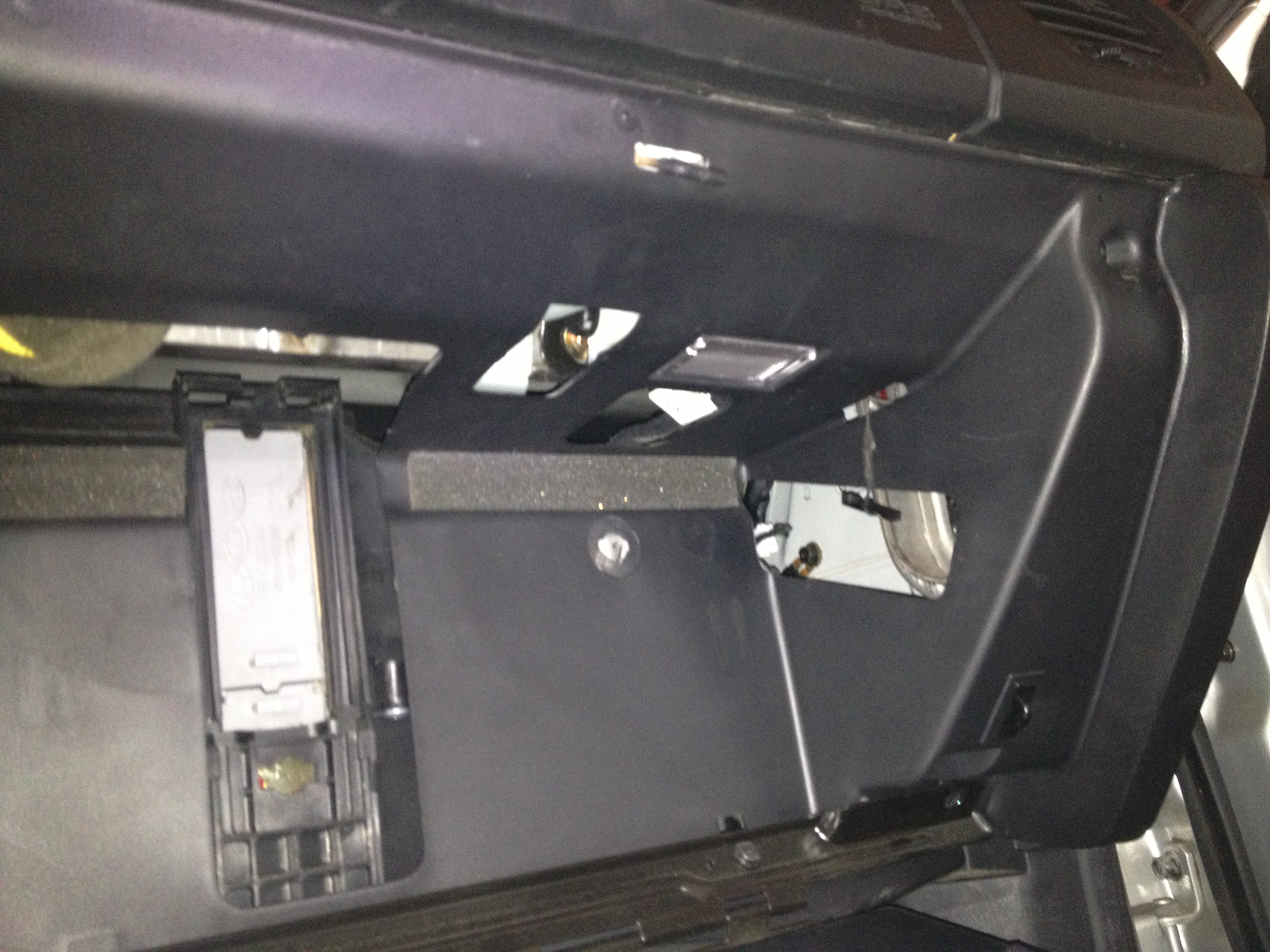I\'m having difficulty removing the glove box housing for 2004 sonata ...