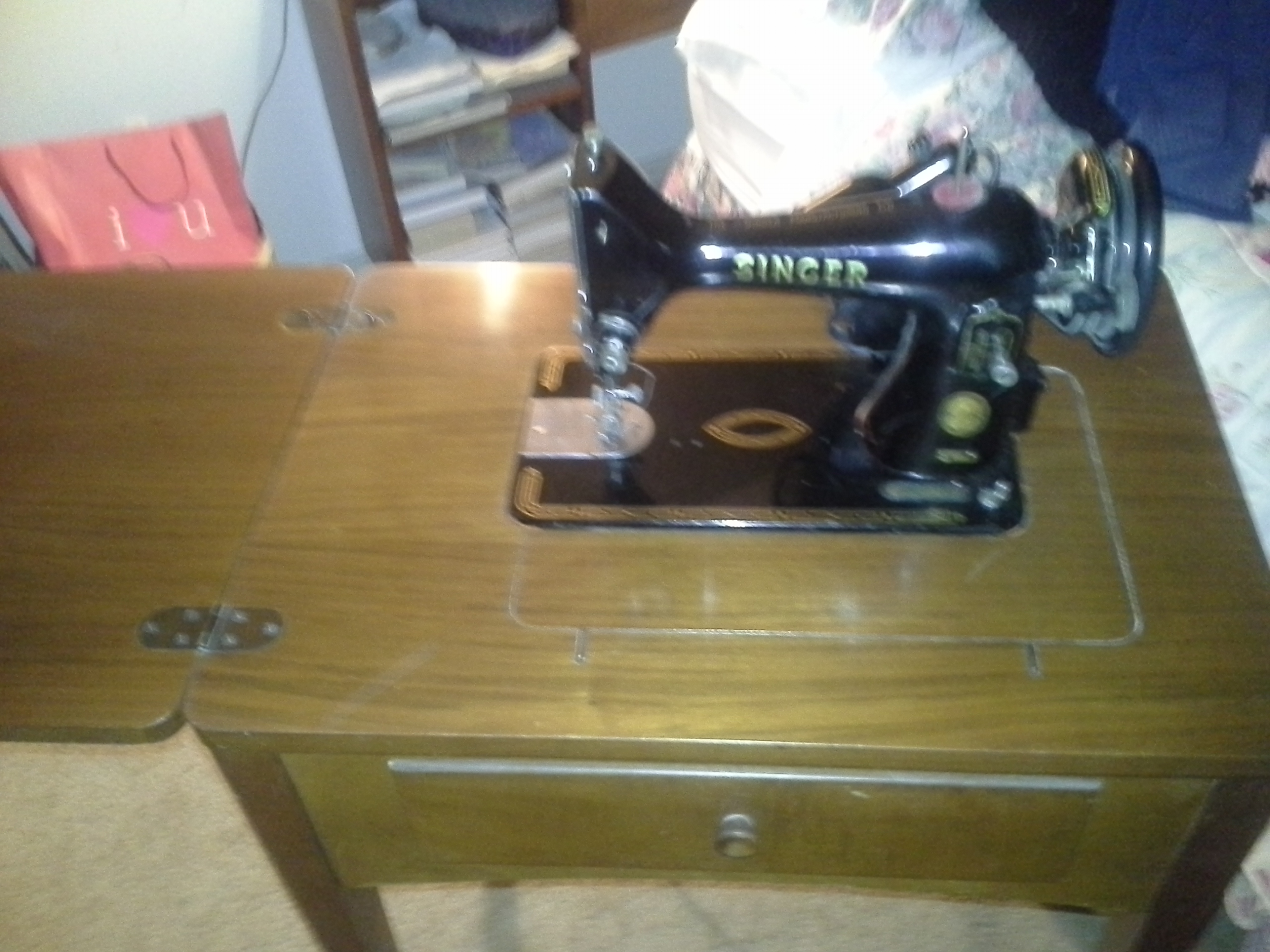 I Seek The Value Of A Singer Sewing Machine Cat Bz 15 8 Serial