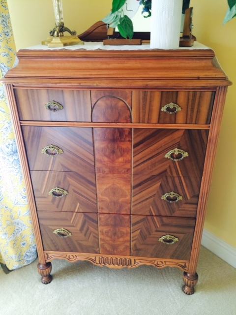 Antique Bedroom set-chest.jpg