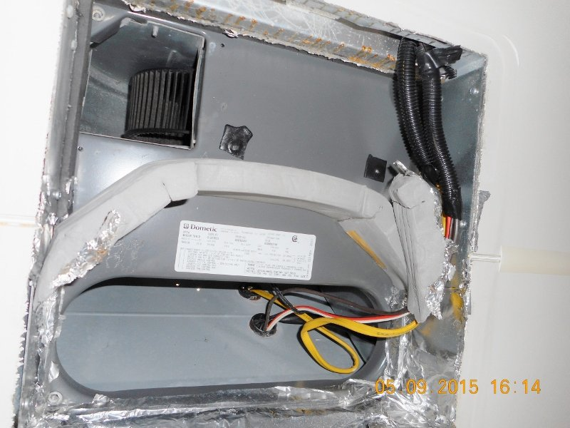 Ref  Ac Model  Dometic 459516 701co Furnace Model  Atwood