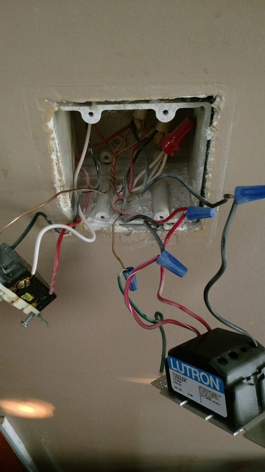 I Am Trying To Install A Wink Relay Panel To Control Power
