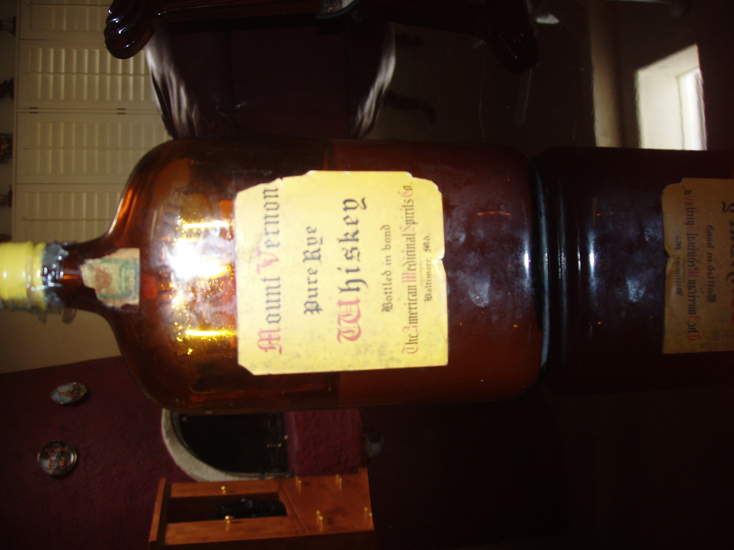 whiskey bottle 021.jpg